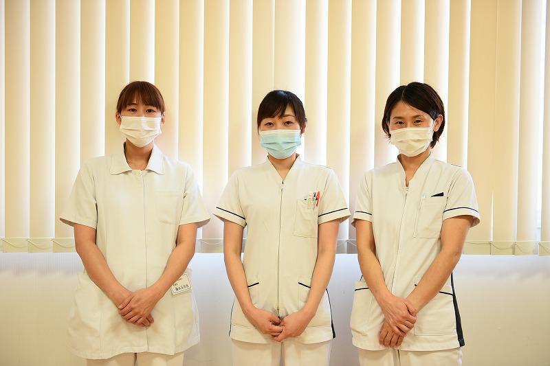 山方さん、藤本さん、岡村さん(医療法人治徳会 湯野温泉病院)